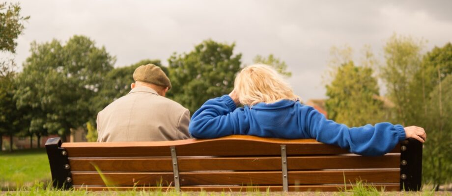 How to Care for a Family Member with Dementia