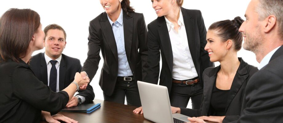 3 Important Reasons Why Recognising and Rewarding Your Employees Are Worth it